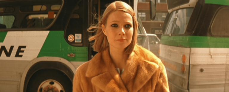 Gwyneth off a Bus
